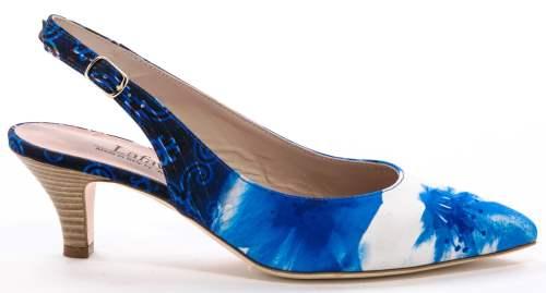 נעלי עקב של לאפייט|צילום: אביב פרסבורגר