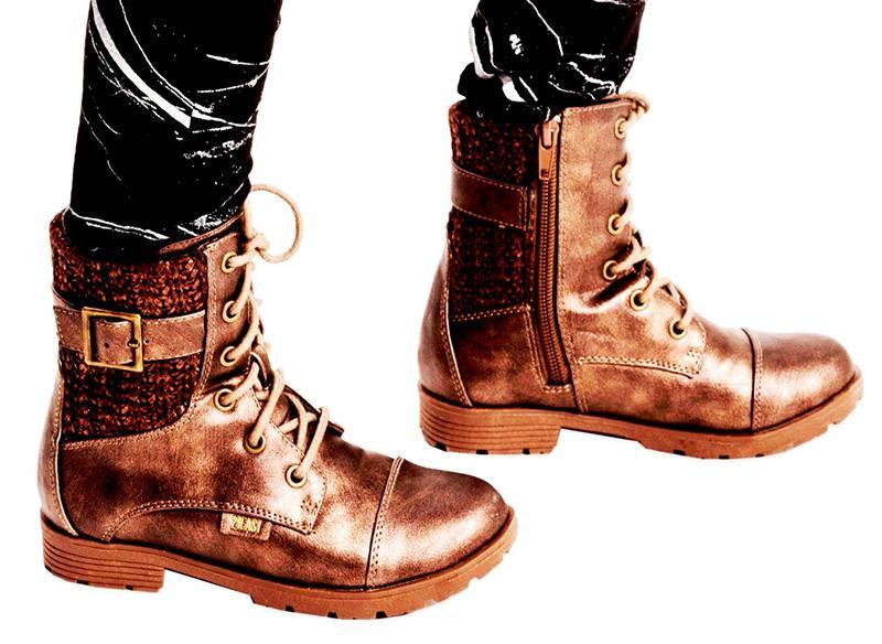 נעלי נמרוד סריגים צילום: רון קדמי