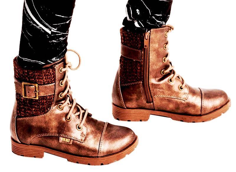 נעלי נמרוד סריגים|צילום: רון קדמי