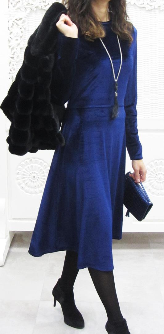 שמלת קטיפה בקאמבק מפואר | צילום מקימי