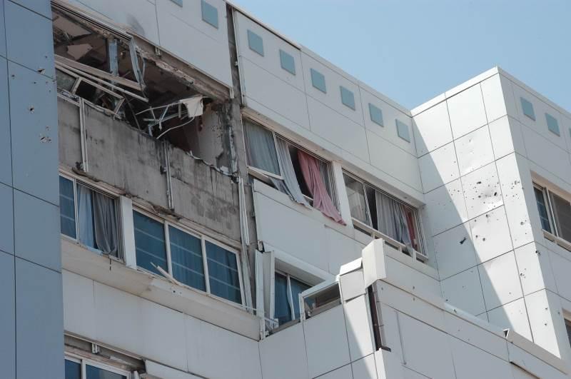 בטווח פגיעה. בית החולים בנהריה לאחר נפילת הטיל|צילום: רוני אלברט