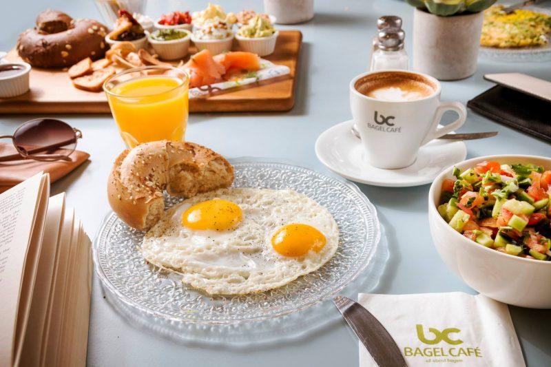 לאכול, להתפלל, לאהוב. בוקר טוב בבייגל קפה | צילום בייגל קפה