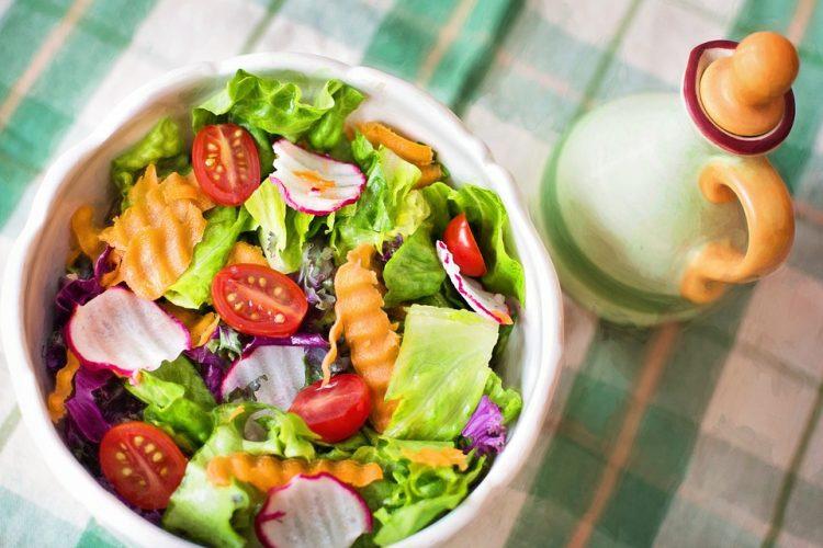 אוכל טרי באמת שולח זרועות מלטפות לתוך הגוף | צילום אתר pixabay