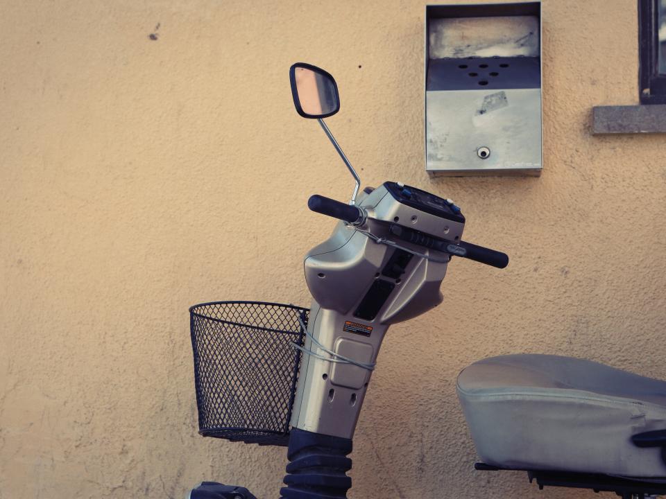 דרישה לפיצוי. קלנועית|צילום: stocksnap.io