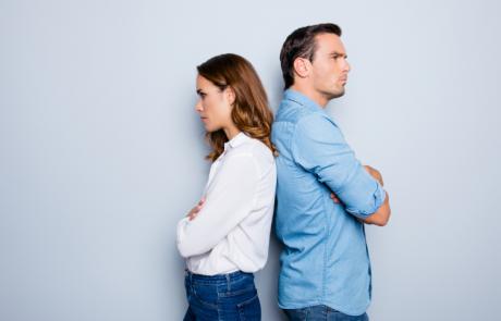 הזוגיות שלכם מתפרקת? אתם יכולים להתאהב מחדש